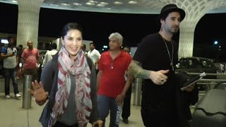Sunny Leone Spotted At Airport