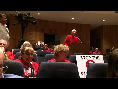 Dr. James Berg Speaking At The Oakwood Hills, IL Board Meeting 09/04/14