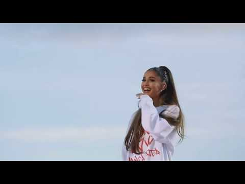 Ariana Grande - One Last Time [Manchester Tribute] (Live Dangerous Woman Diaries)