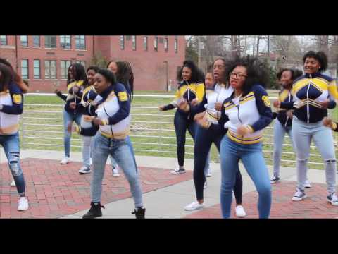 NC A&T Cheerleaders (Aggie Cheer) / Powerhouse National Competition (Stomp and Shake)