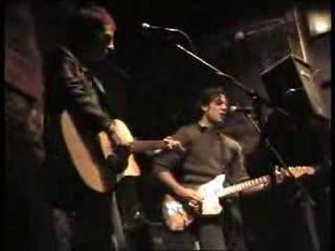 Bluebottle Kiss - Everything Begins And Ends... (Live)