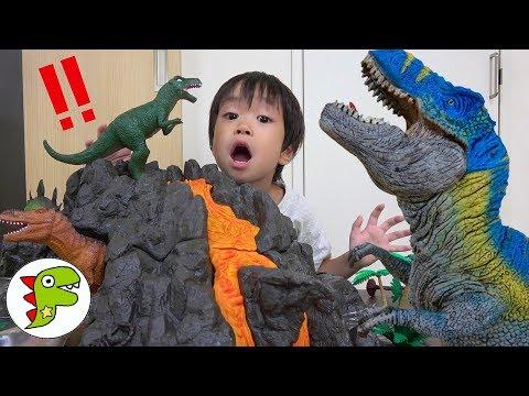 恐竜のたまご?中身はなんだろう!The world of dinosaurs!トイキッズ