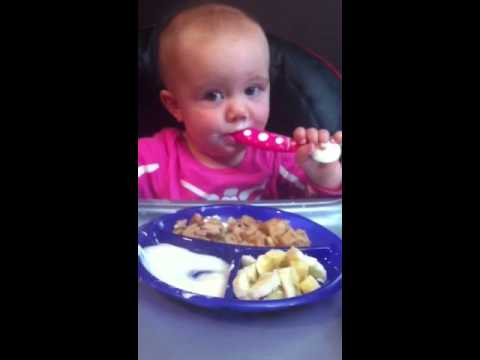 Rozzlyn using her Nuby USA embossed sectioned plate.