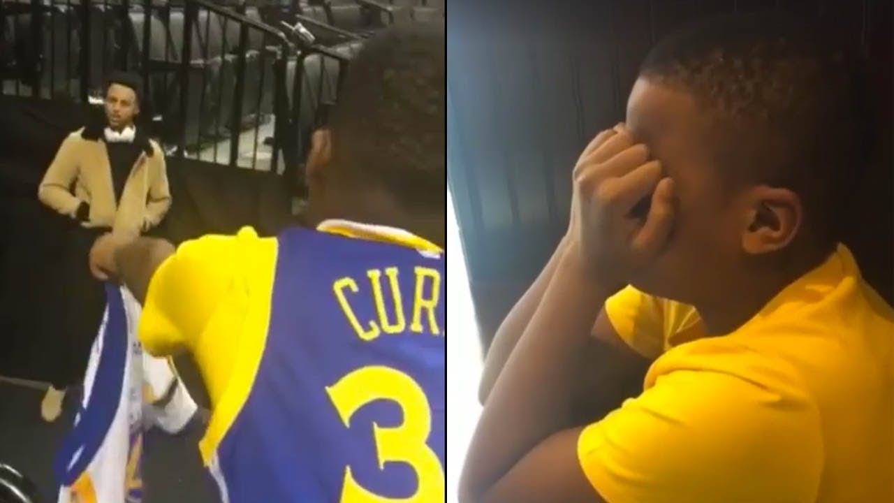 sale retailer 7667e 440fd Steph Curry Completely IGNORES 10 Year Old Kid Asking for His Autograph,  Mom Goes OFF