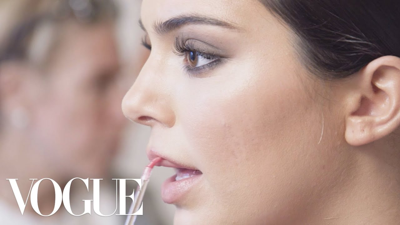 Kendall Jenner Gets Ready for the 2018 Met Gala | Vogue