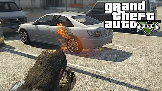 GTA 5: How to Shoot the Gas Tank on a Vehicle