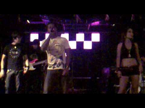 KING's BAR Labuan Malaysia 190909 - Here Without You