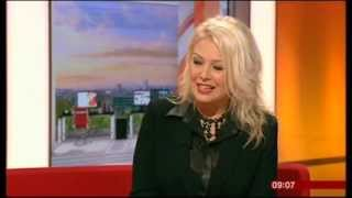 KIM WILDE-WILDE WINTER SONGBOOK-BBC BREAKFAST- 2.DEC.2013