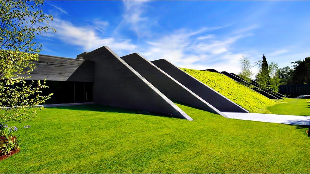 Ultra-Modern Futuristic Concrete Luxury Residence In