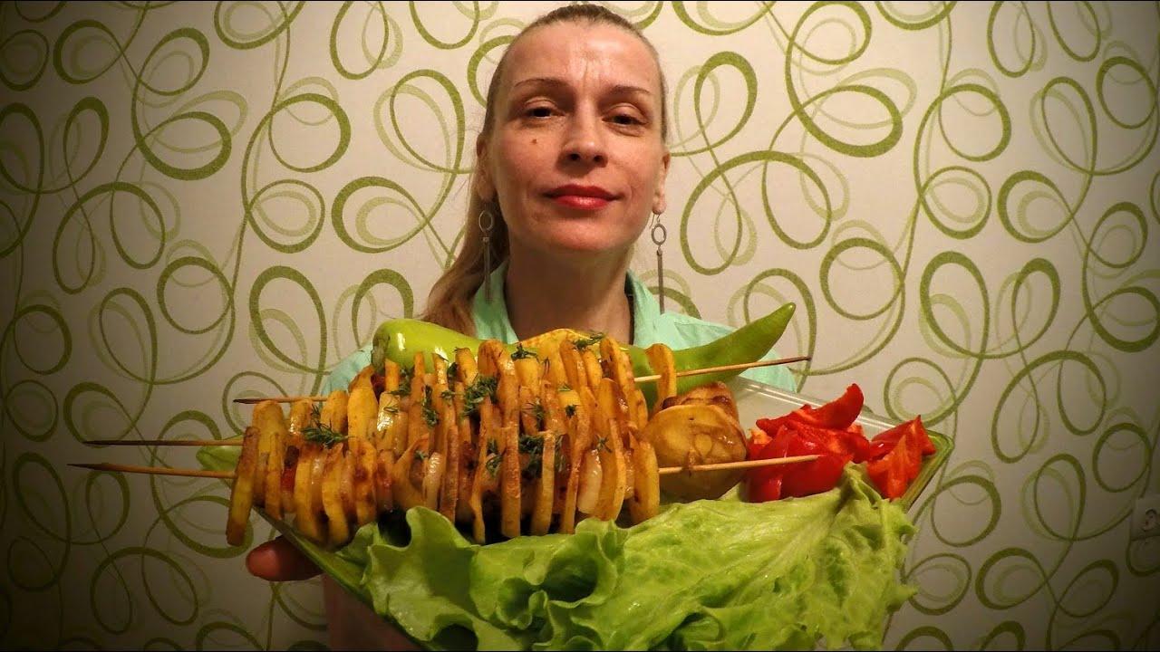 Вкусная картошка запеченная в духовке с салом Рецепт секрета приготовления блюда по деревенски