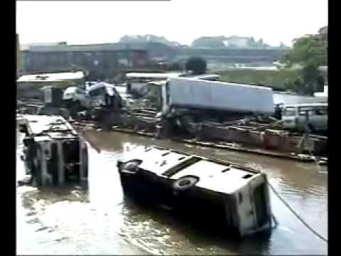 Sri Lanka Tsunami 2004 Galle 3 - YouTube