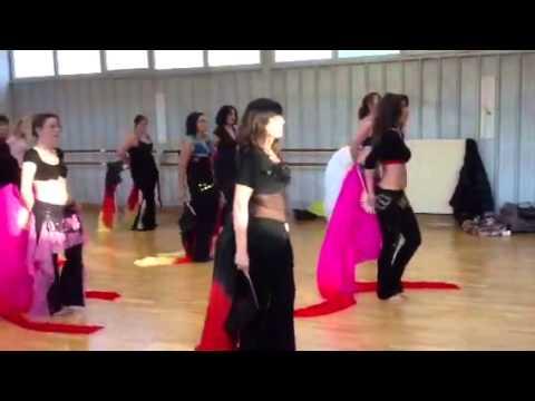 Stage Danse Orientale Thème Éventail voile (Fan veil)