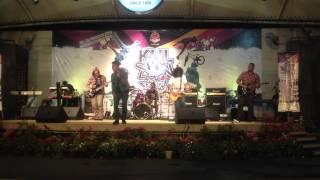 Malam Bulan Dipagar Bintang -AWANBAND @ KUL Sign Festival 2012