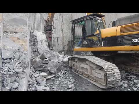 Tom Hanlon Cat 330 D