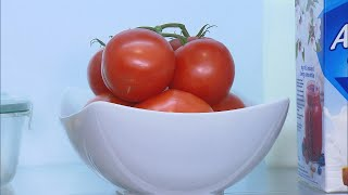 Why You Shouldn't Put Tomatoes in Your Fridge