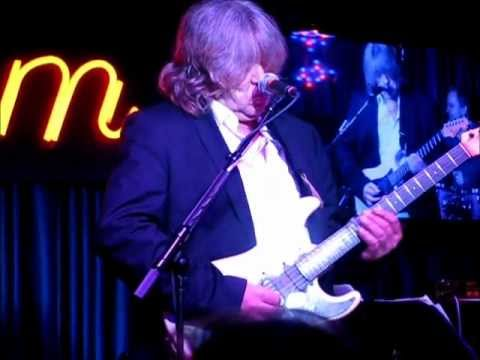 "Mick Taylor  ""Little Red Rooster""  Iridium, NYC - 5/13/12 Late Show"