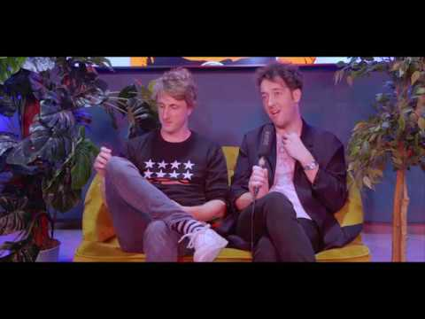 The Wombats - Live acoustic Lemon To A Knife Fight + Interview