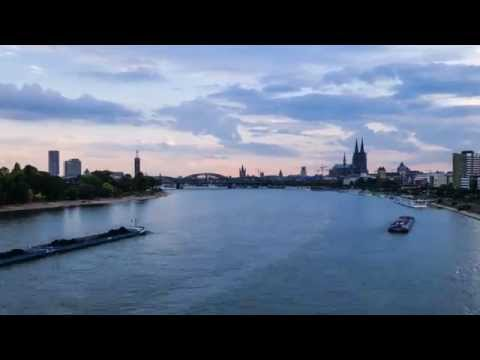 Road-testing time-lapse on the Fuji X-A1 - photoSentinel Mini in Amsterdam and Cologne