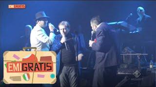 Emigratis  - Pio e Amedeo cantano sul palco con Nino D'Angelo