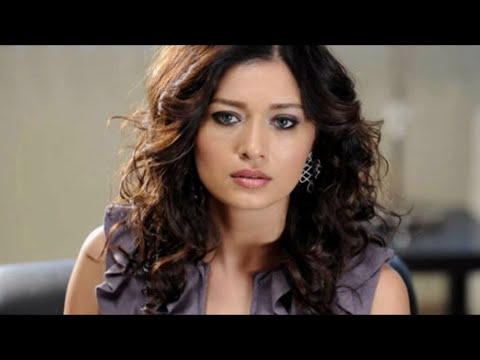 NURGUL YESILCAY Pemeran GULSEREN Di Serial Drama Turki CANSU & HAZAL | PARAMPARCA