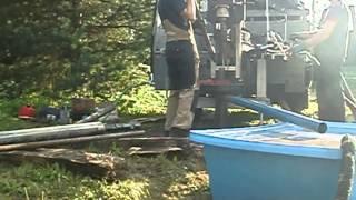 видео Бурение скважин под воду в СПб