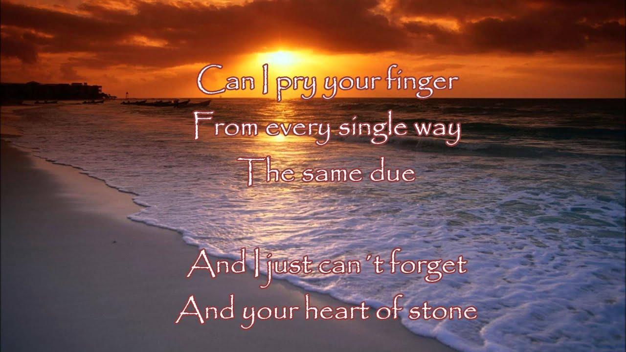 la cancion heart of stone de iko
