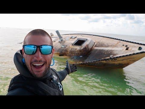 Searching Sunken Abandoned Sailboat In Ocean!!! (Inside Cabin)