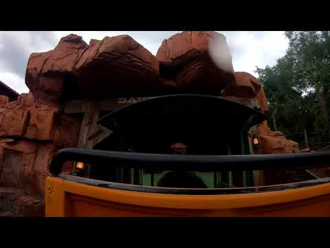 Big Thunder Mountain Railroad - HD POV (Magic Kingdom)