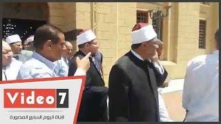 """بالفيديو.. وزير الأوقاف يتفقد أعمال توسعة ساحة """"السيد زينب"""""""
