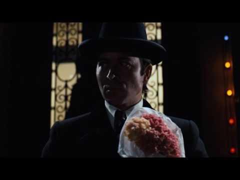 Майкл Корлеоне предотвращает покушение на Вито в больнице