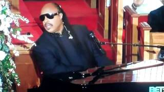 "Stevie Wonder Sings ""Ribbon in the Sky"" - Whitney Houston Funeral"