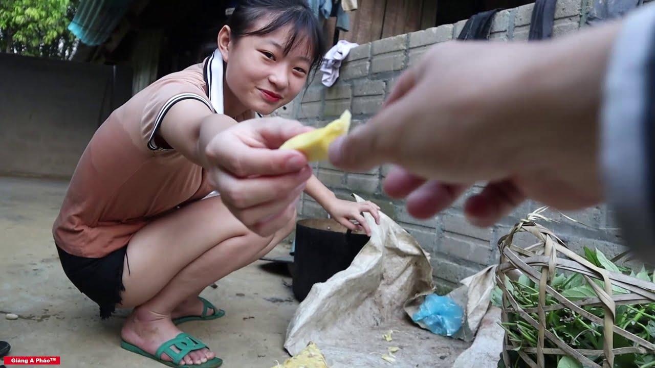 Đưa tay đây nào - Cùng thưởng thức món Cua của em gái miền núi