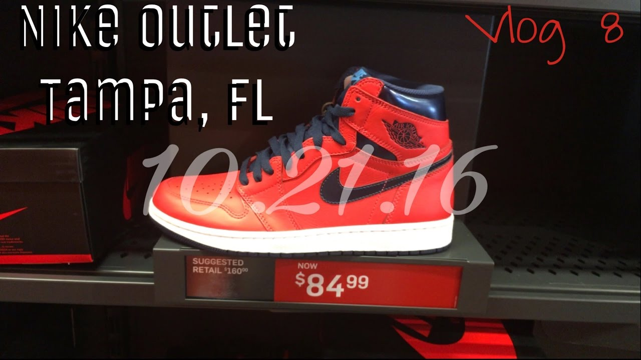 d88f082111 Nike Outlet Browsing Tampa, FL | Joggers Shopping - YouTube