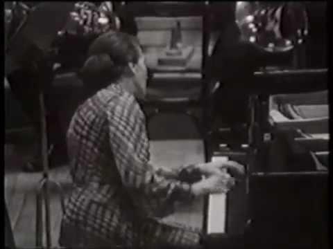 MOZART Piano Concerto No 22  in E flat Major (K482) ANNIE FISCHER