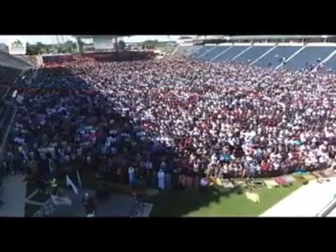 MASYAALLAH - Sholat Idul Fitri Di STADION Chicago USA - Toyota Park Stadium