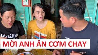 """Bữa cơm đầy tình cảm của ekip Thách thức danh hài tại nhà """"Thánh sún"""" Phạm Ngân Thảo"""