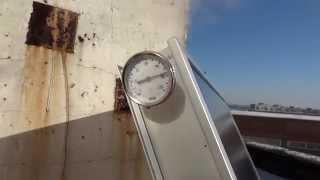 Кипение воды в плоском солнечном коллекторе зимой (HD)