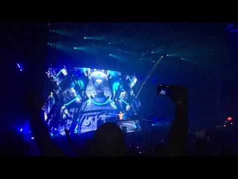 Armin Van Buuren - Lebanon Beirut Biel 2015 Live (HD)