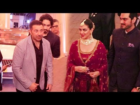 Sunny Deol IGNORES Sister Esha Deol At Isha Ambani's MARRIAGE Reception