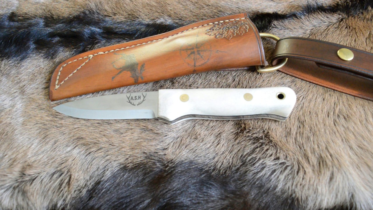 Bushcraft knife with Moose antler handle