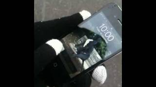 Proporta Touch Screen Gloves for iPhone, iPad, Blackberry and all touch screen devices Thumbnail