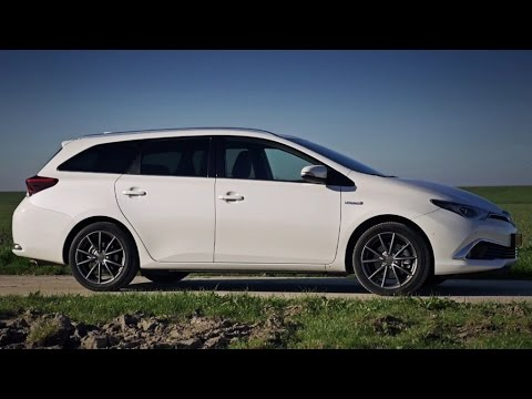 toyota auris ts hybrid 2015 review youtube. Black Bedroom Furniture Sets. Home Design Ideas