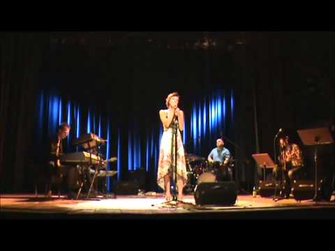 Akademia Muzyczna w Katowicach – Wydział Jazzu – Jak na lotni – Agnieszka Błońska. Dyplom licencjacki. Katowice 2011