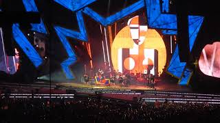 Robbie Williams - Party Like A Russian (Tele2 Arena 29/7/2017)