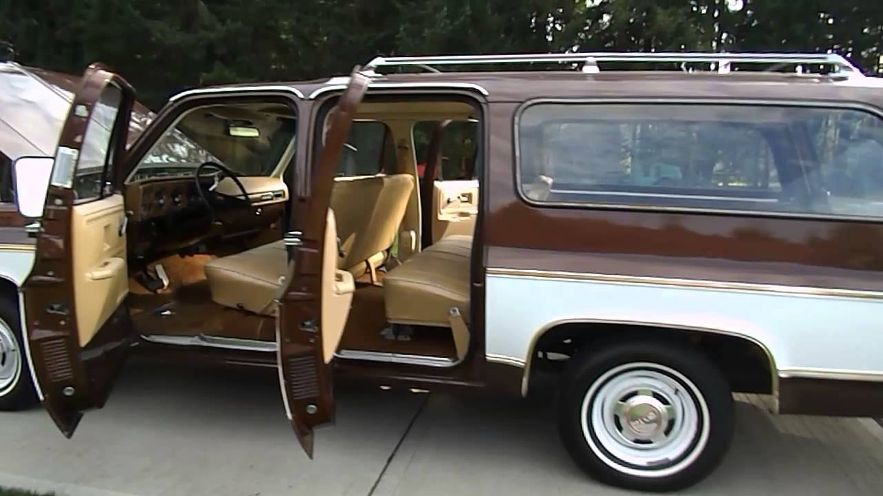 1977 GMC Suburban WALK-AROUND - YouTube