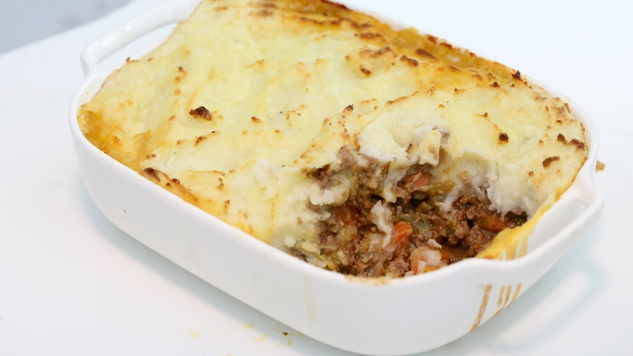 How to make homemade shepherds pie with cheese recipe youtube how to make homemade shepherds pie with cheese recipe forumfinder Images