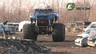 "TMB TV: Monster Trucks Unlimited Moment - ""Behind the Scenes"" Bigfoot 18 Testing"
