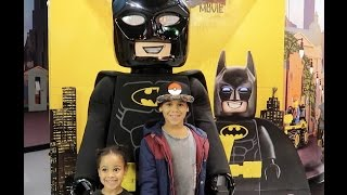 FamousTubeKIDS meet LEGO Batman at Legoland