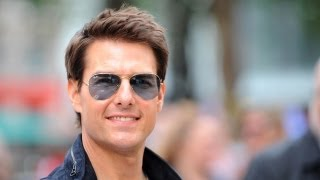 Drunk Neighbor Visits Tom Cruise, Promptly Hit by 50,000-Volt Blast thumbnail