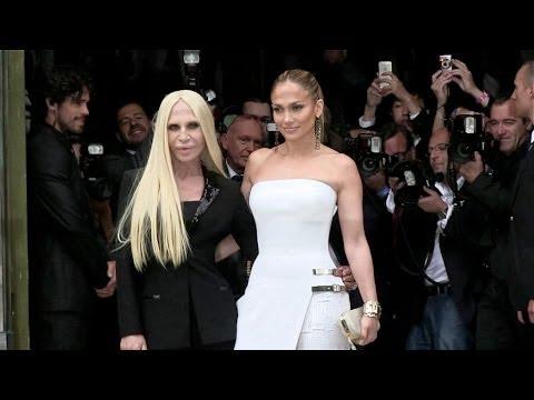Photocall of Jennifer Lopez and Donatella Versace at Versace HC Fashion Show in Paris